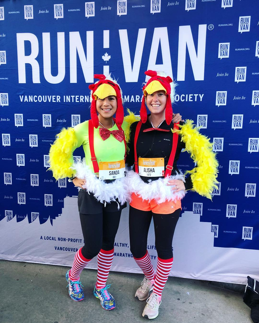 Best Costume: Sanda & Alisha / @twofeetwillrun